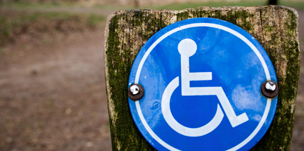 image of a parking sign for individuals with a disability
